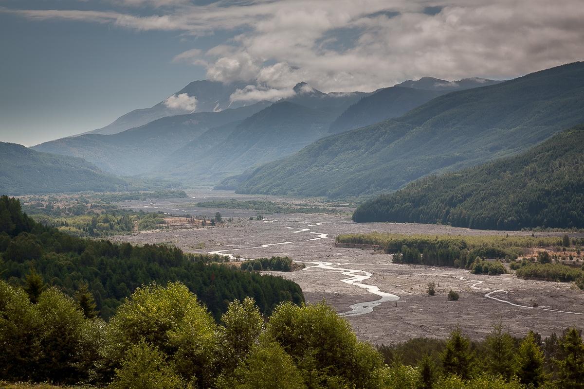 Blick vom zweiten Visitor Center in Richtung Vulkan