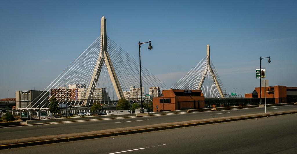 neue Autobahn-Brücke über den Charles River