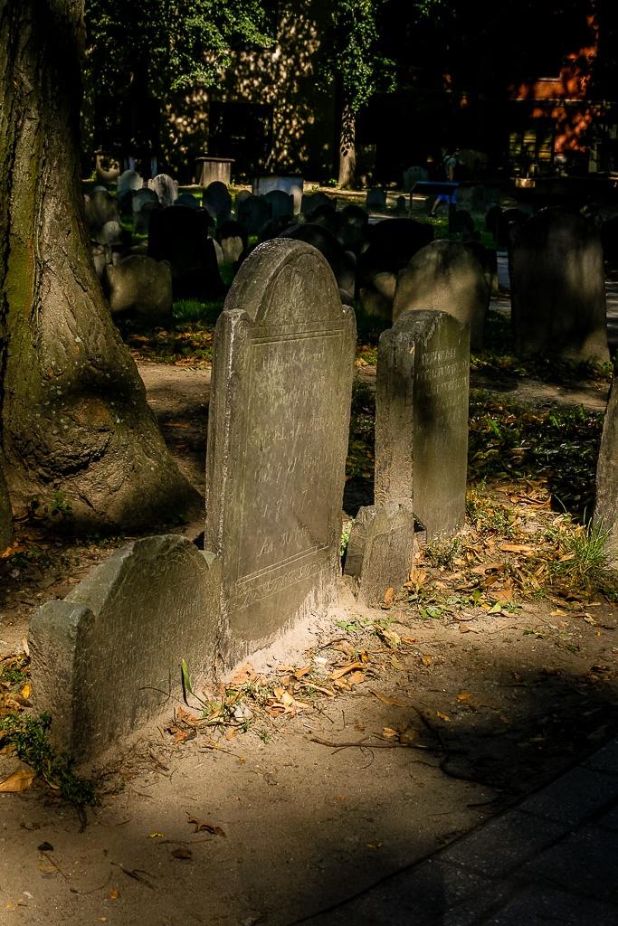 Granary Burying Ground - einer der alten Friedhöfe entlang des Freedom Trail