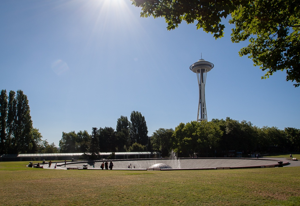 International Fountain & Space Needle