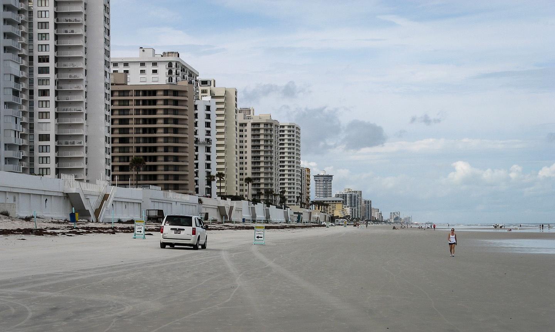 Autofahren am Strand