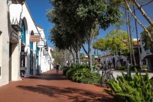 Einkaufsstraße in Santa Barbara